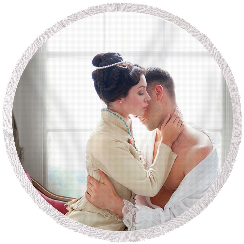 Victorian Round Beach Towel featuring the photograph Romantic Victorian Couple by Lee Avison