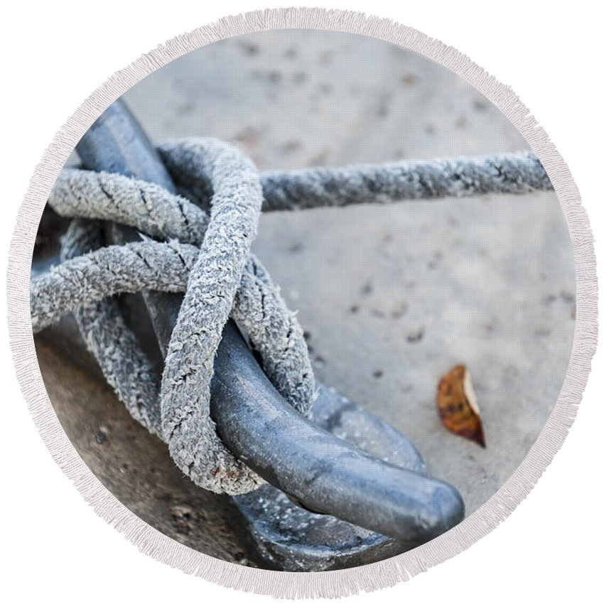 Cleat Round Beach Towel featuring the photograph Rope On Cleat by Elena Elisseeva