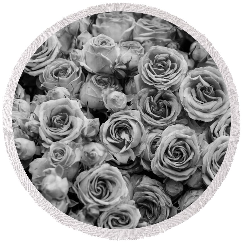 Black And White B & W Bandw B&w Monochrome Monochromatic Grey Gray Scale Bouquet White Roses Rose Decoration Composition Netherlands Keukenhof Europe Dutch Flower Gardening Gardens Garden Market Bunch Petals Fresh Detail Texture Floral Display Background Travel Cultivation Growing Bloom Blooming Natural Growth Plant Blossom Seasonal Season Beautiful Delicate Flora Spring Agriculture Tones Detail Closeup Close Round Beach Towel featuring the photograph Roses 2 by Marcin Rogozinski