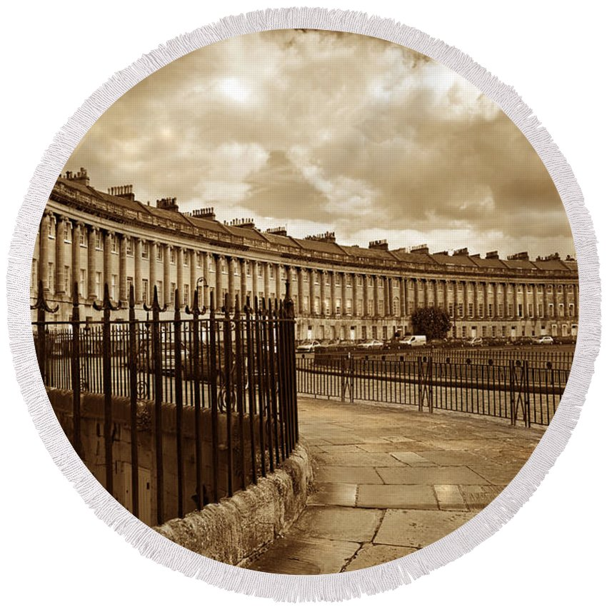 Bath Round Beach Towel featuring the photograph Royal Crescent Bath Somerset England Uk by Mal Bray