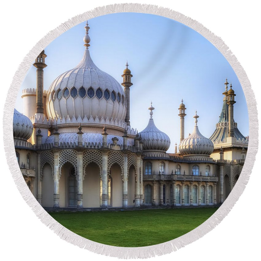 Brighton Round Beach Towel featuring the photograph Royal Pavilion Brighton by Joana Kruse