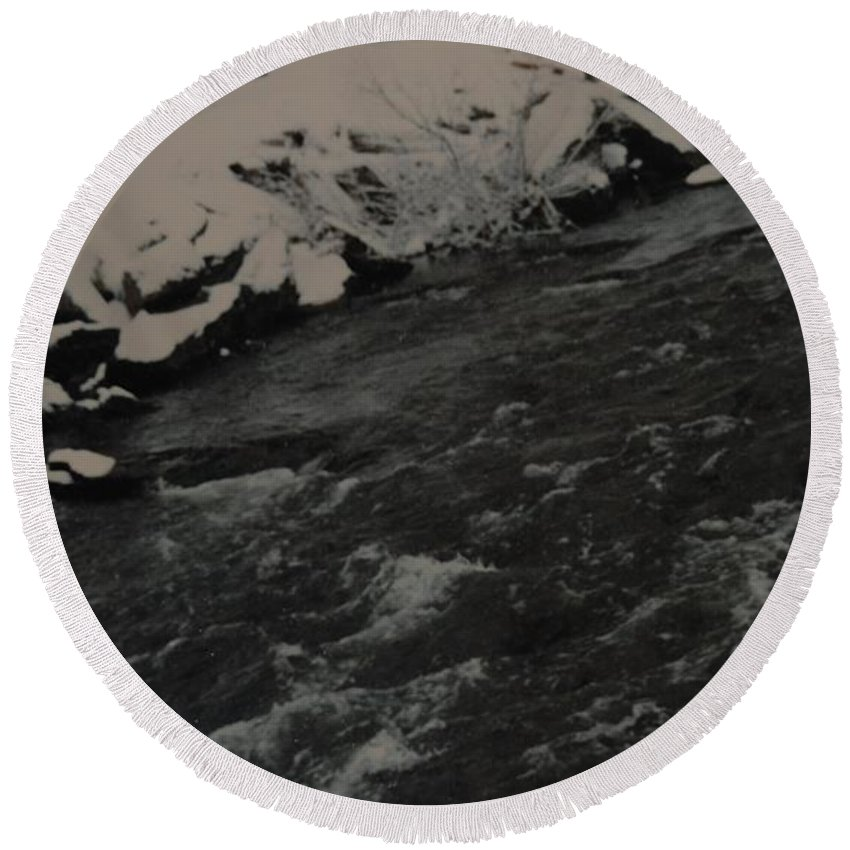 Landscape Round Beach Towel featuring the photograph Running Water by Rob Hans