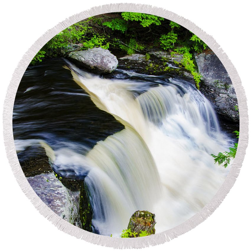 Rushing Round Beach Towel featuring the photograph Rushing Water On A Mountain Stream by Bill Cannon