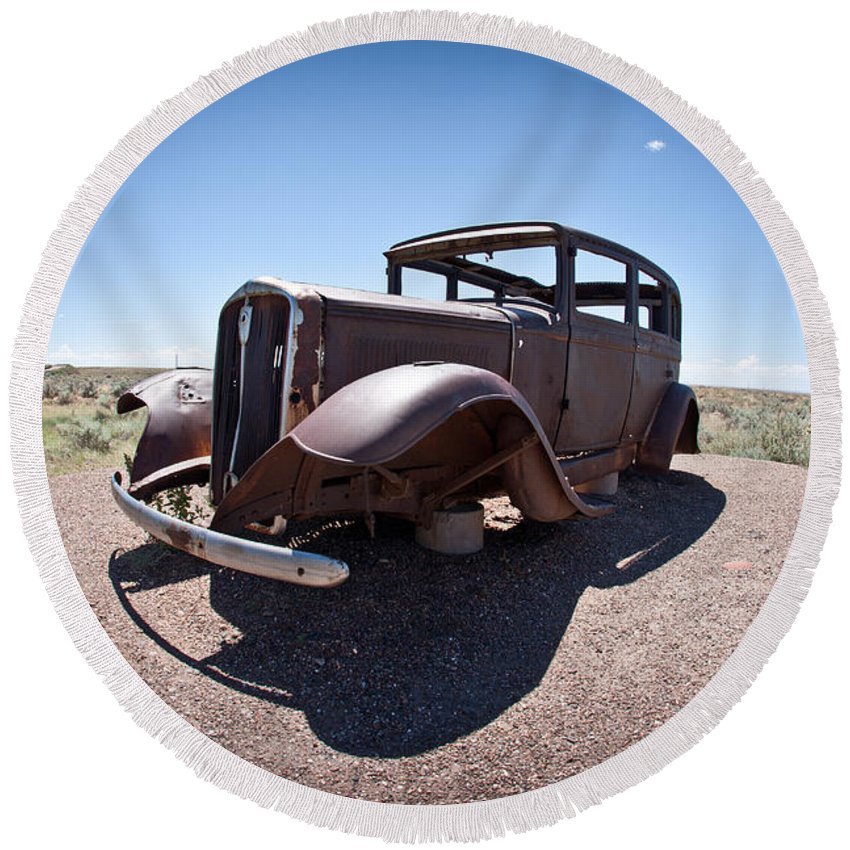 Painted Round Beach Towel featuring the photograph Rusted Old Car On Route 66 by Robert J Caputo