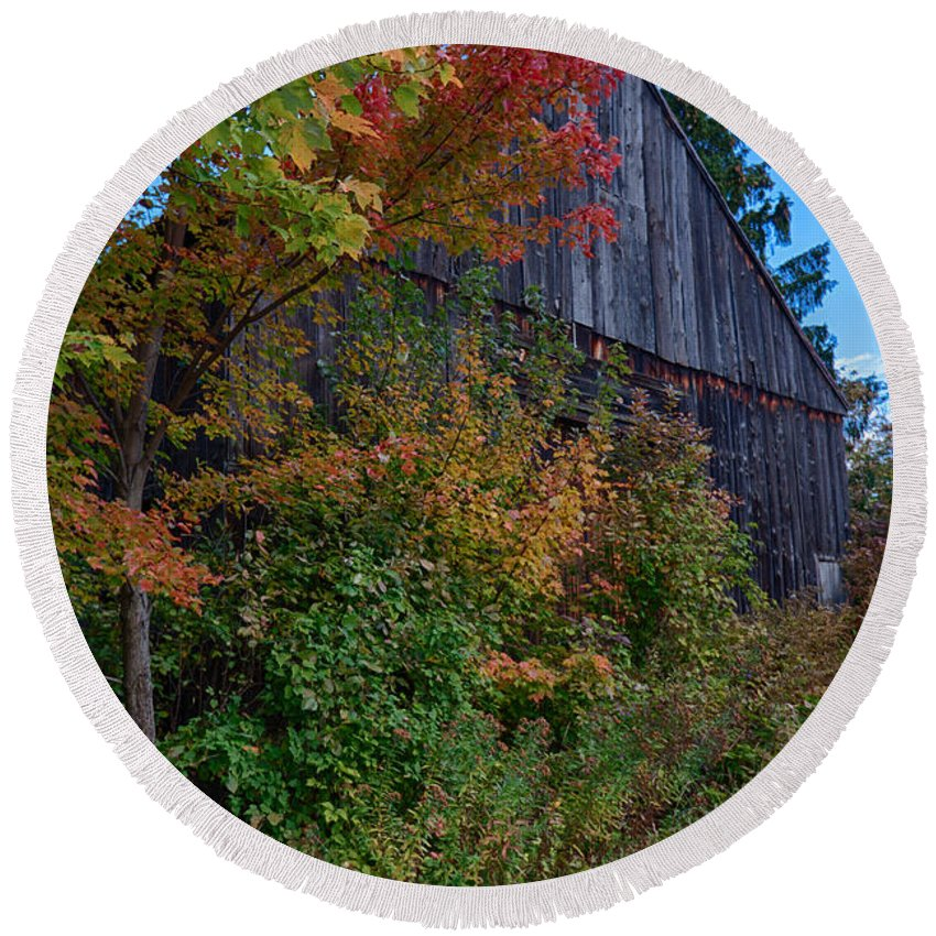 #foliage_reports Round Beach Towel featuring the photograph Rustic Barn Above The Fall Colors by Jeff Folger