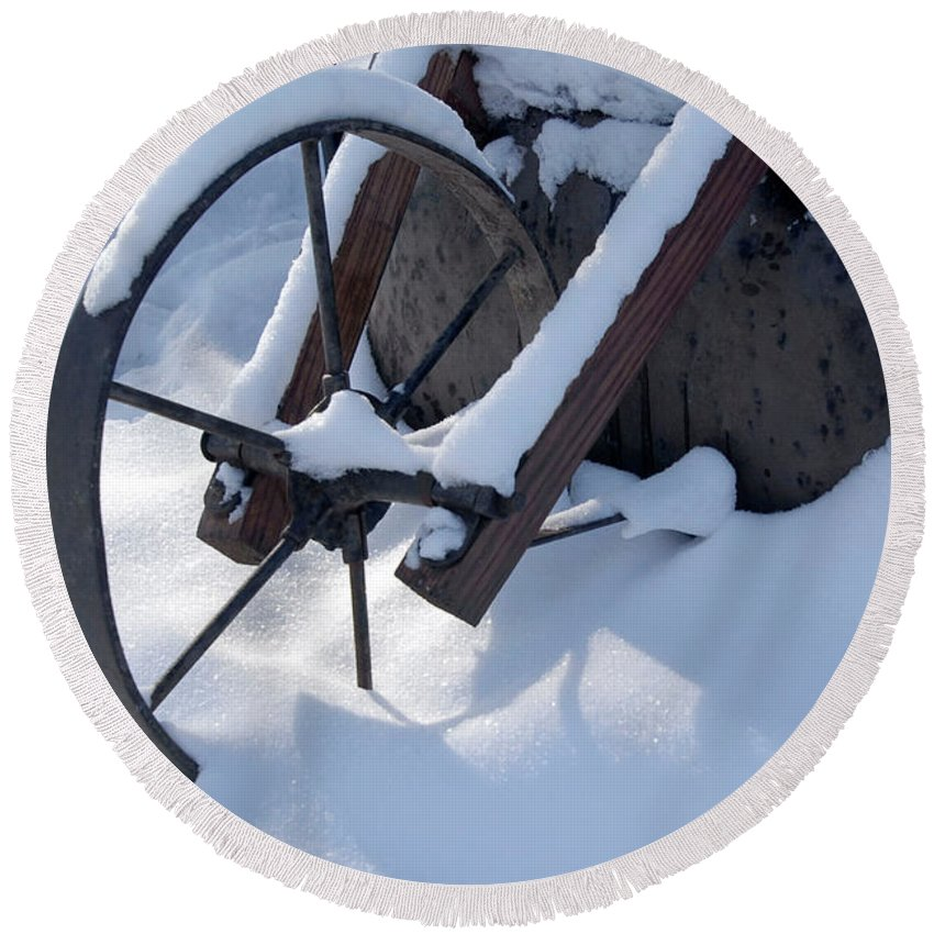 Winter Round Beach Towel featuring the photograph Rustic Wheel In The Snow#2 by BeckerArt
