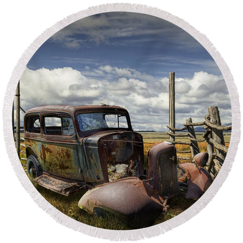 Auto Round Beach Towel featuring the photograph Rusty Auto Wreck Out West by Randall Nyhof