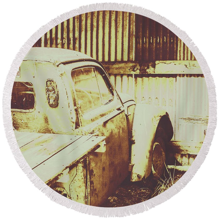 Pickup Round Beach Towel featuring the photograph Rusty Pickup Garage by Jorgo Photography - Wall Art Gallery