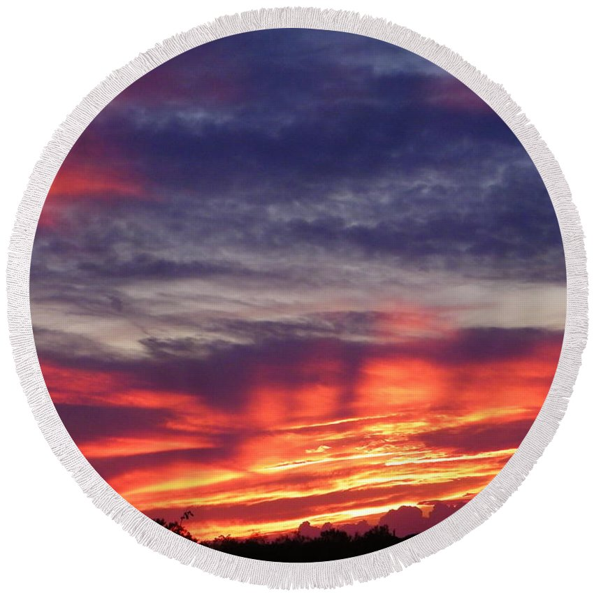 Sunset Round Beach Towel featuring the photograph Sailor's Delight by Gale Cochran-Smith