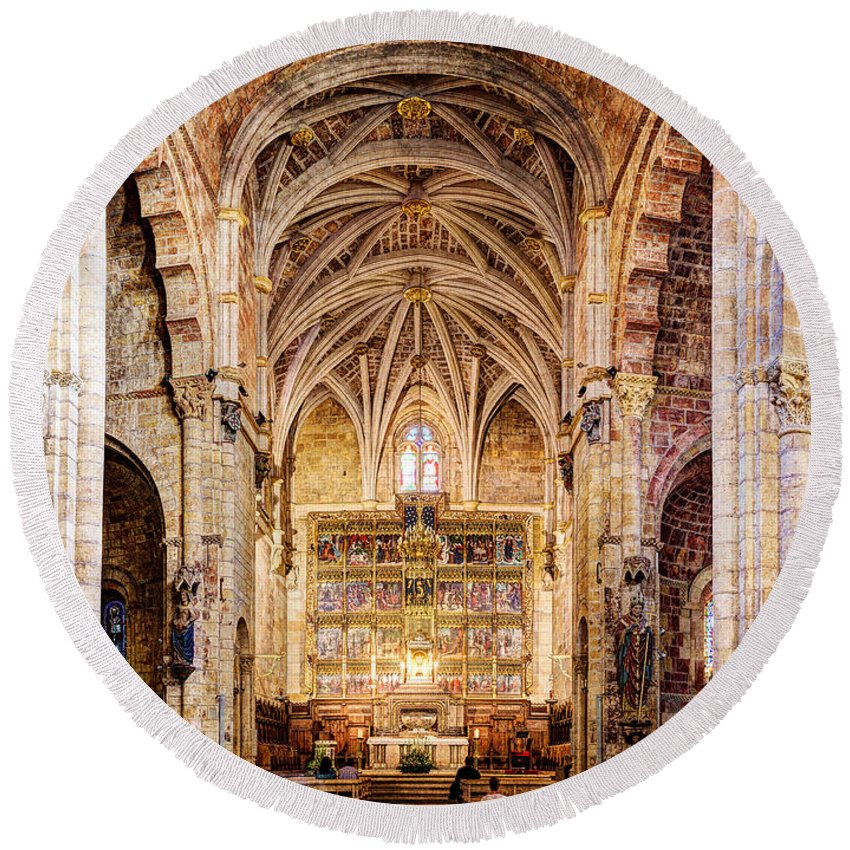 Isidoro Round Beach Towel featuring the photograph Saint Isidore - Romanesque Temple Altar And Vault - Vintage Version by Weston Westmoreland