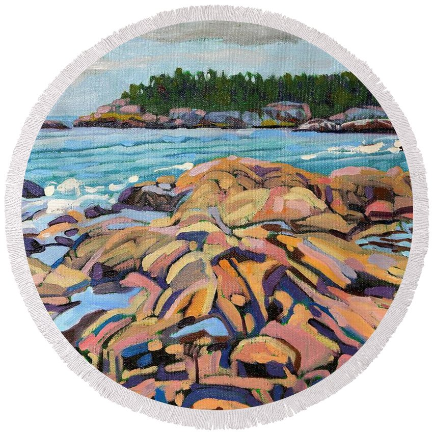 916 Round Beach Towel featuring the painting Salmon Rocks by Phil Chadwick