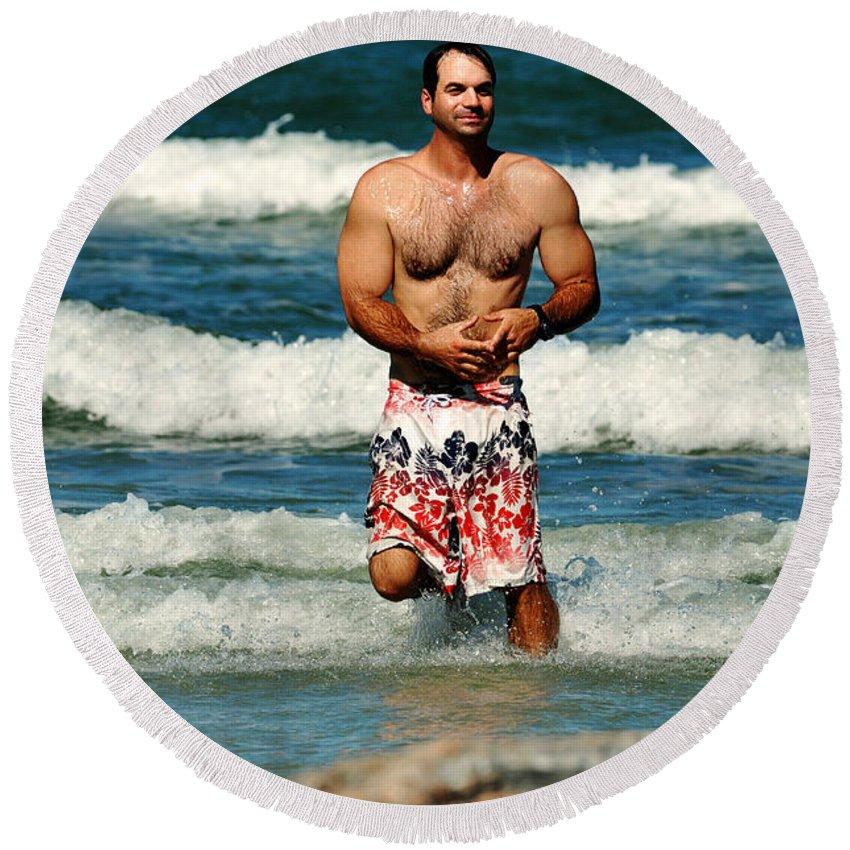 Man Round Beach Towel featuring the photograph Salt Life by Davids Digits