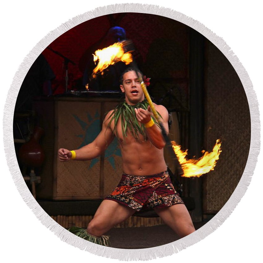 Night Of Fire Round Beach Towel featuring the photograph Samoan Fire Dance by Denise Mazzocco
