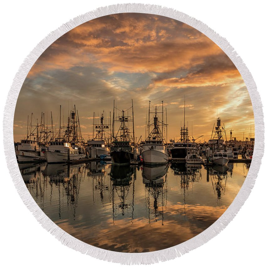 San Diego Fishing Pier Round Beach Towel featuring the photograph San Diego Fishing Fleet At Sunset by Charles Morra