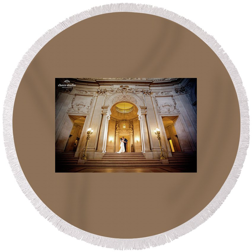 Wedding Photographer Round Beach Towel featuring the photograph San Francisco City Hall Wedding by Mike Peyzner