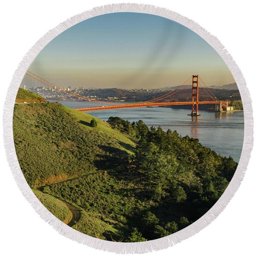 Bridge Round Beach Towel featuring the photograph San Francisco by Seth Churchill