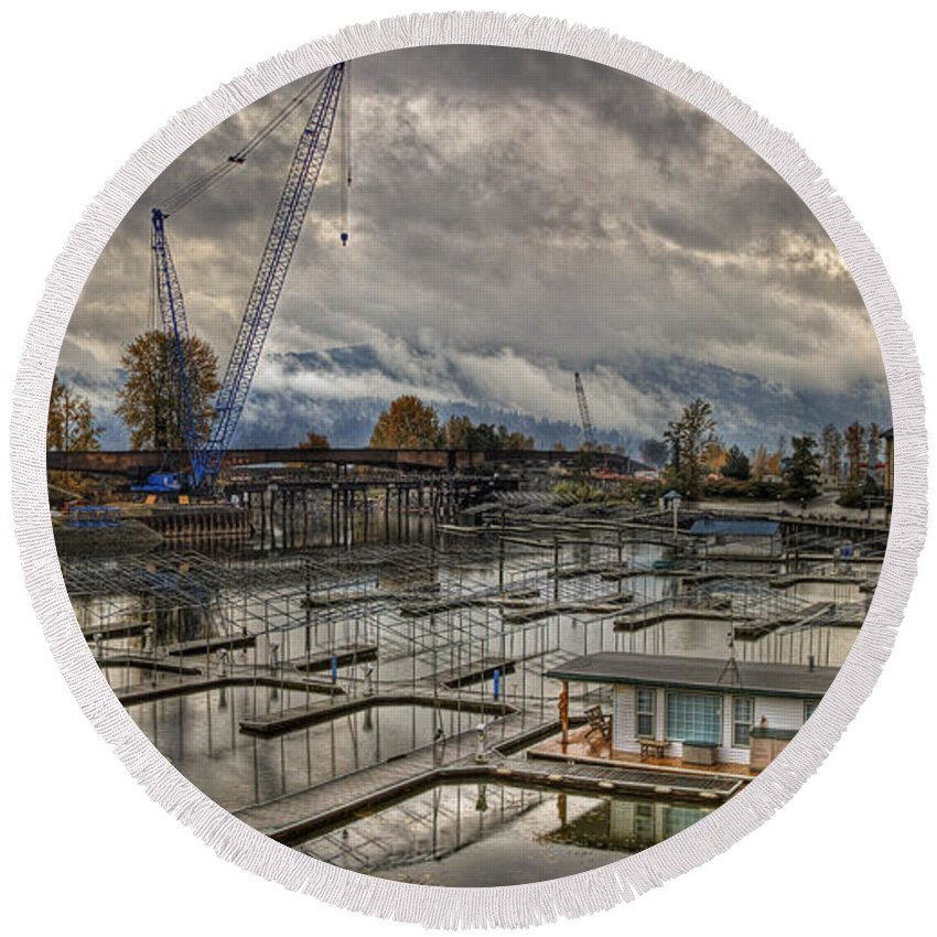 Round Beach Towel featuring the photograph Sandpoint Marina 2 by Lee Santa
