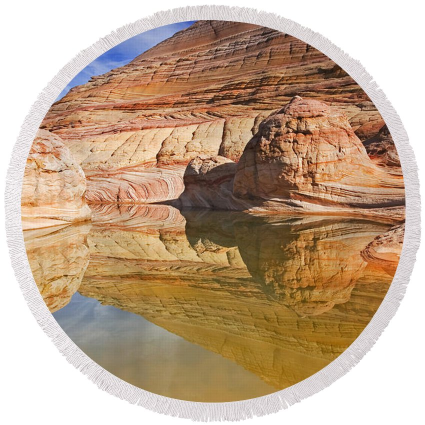 Pool Round Beach Towel featuring the photograph Sandstone Illusions by Mike Dawson
