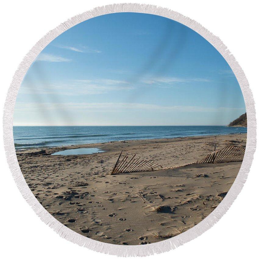 Michigan Round Beach Towel featuring the photograph Sandy Beach by Linda Kerkau