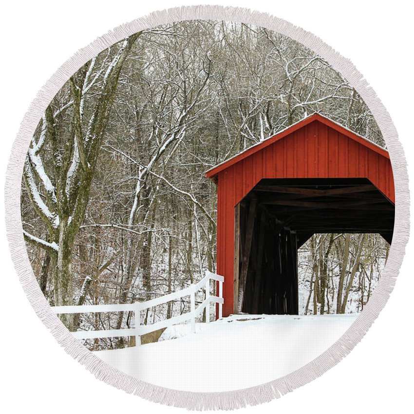 Landscape Round Beach Towel featuring the photograph Sandy Creek Covered Bridge by Holly Ross