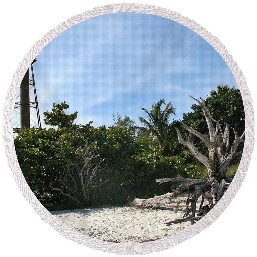 Sanibel Lighthouse Round Beach Towel featuring the photograph Sanibel Light And Driftwood by Christiane Schulze Art And Photography