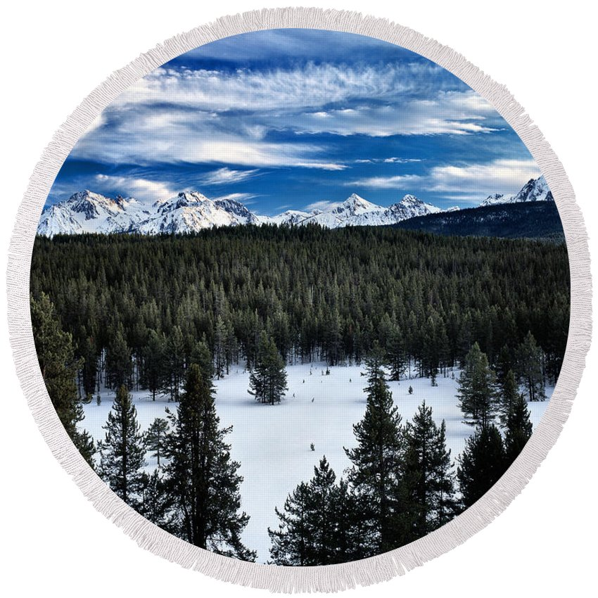Winter Round Beach Towel featuring the photograph Sawtooth Winter by Leland D Howard