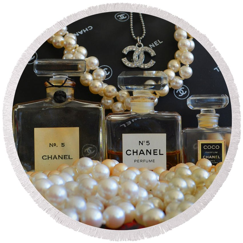 Chanel Round Beach Towel featuring the photograph Scent Of A Woman by To-Tam Gerwe