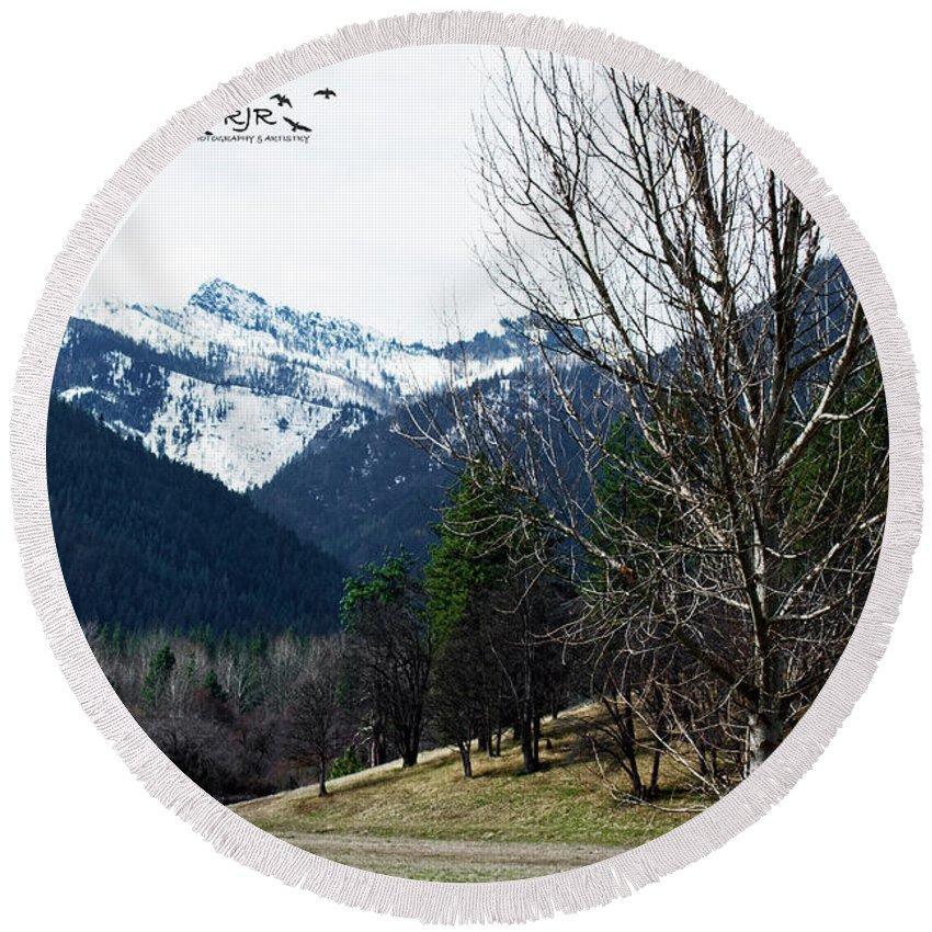 Scott Valley Round Beach Towel featuring the photograph Scott Valley by Rebecca Reyes