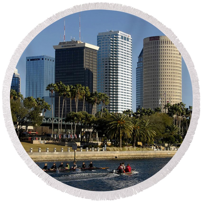 Sculling Round Beach Towel featuring the photograph Sculling In Tampa Bay Florida by David Lee Thompson