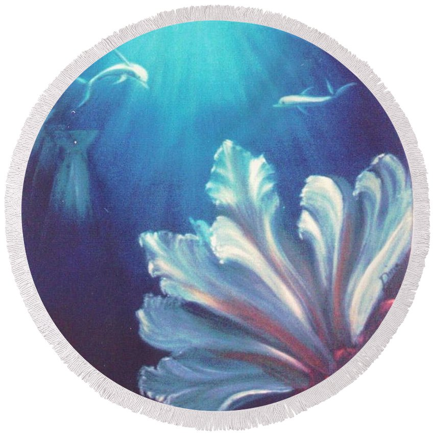 Underwater Round Beach Towel featuring the painting Sea Fan by Dina Holland