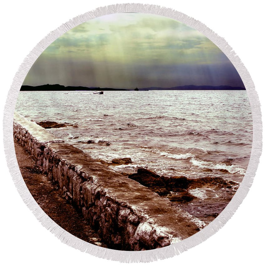 Sea Round Beach Towel featuring the photograph Seascape by Madeline Ellis