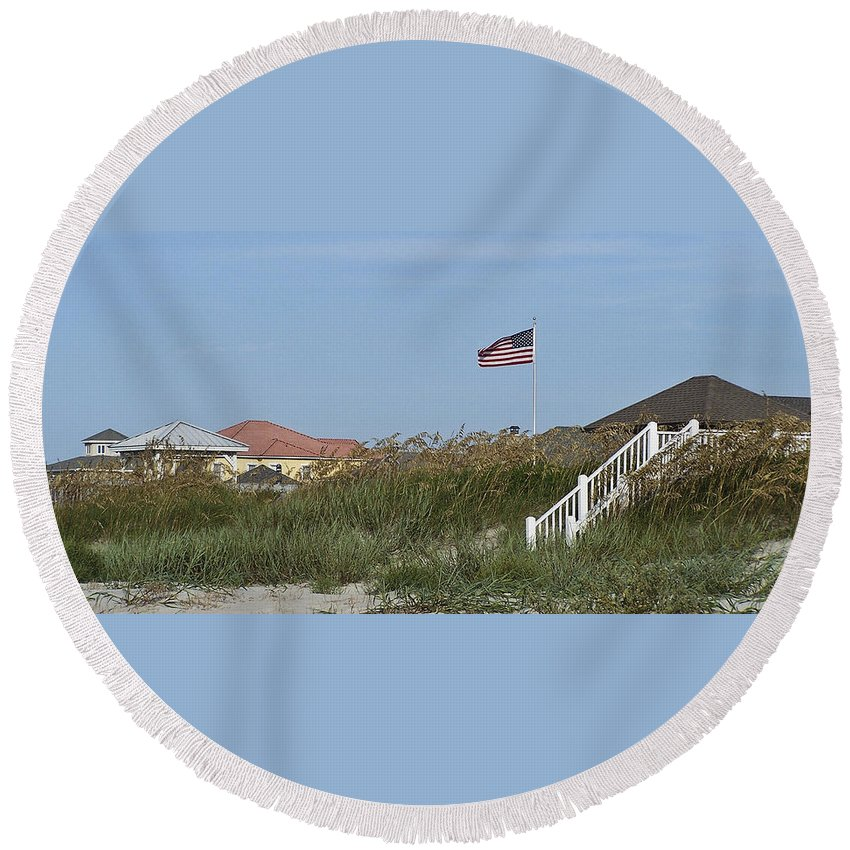 Ocean Round Beach Towel featuring the photograph Seaside Patriotism by Teresa Mucha