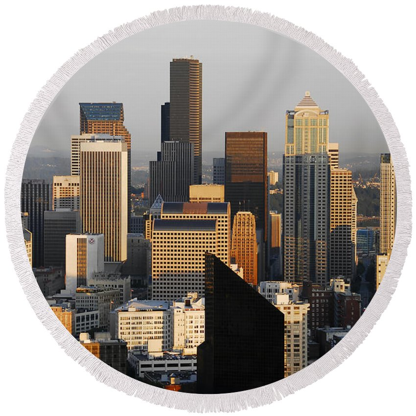 Seattle Washington Round Beach Towel featuring the photograph Seattle by David Lee Thompson