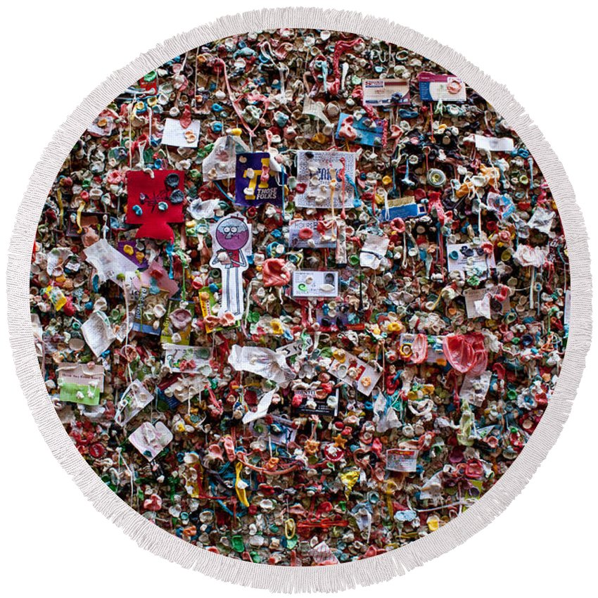 Landscape Round Beach Towel featuring the photograph Seattle Gum Wall #2 by Robert J Caputo