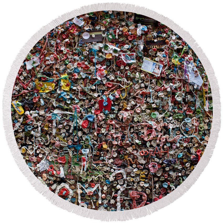 Landscape Round Beach Towel featuring the photograph Seattle Gum Wall by Robert J Caputo