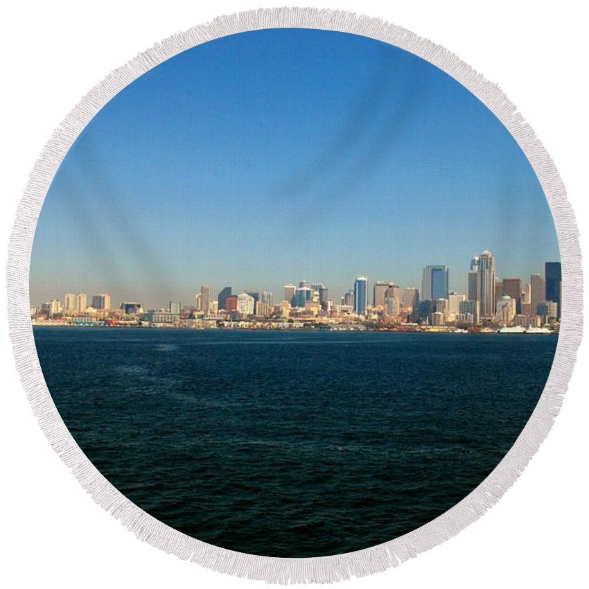 Seattle Washington Round Beach Towel featuring the photograph Seattle Skyline by Gary Wonning