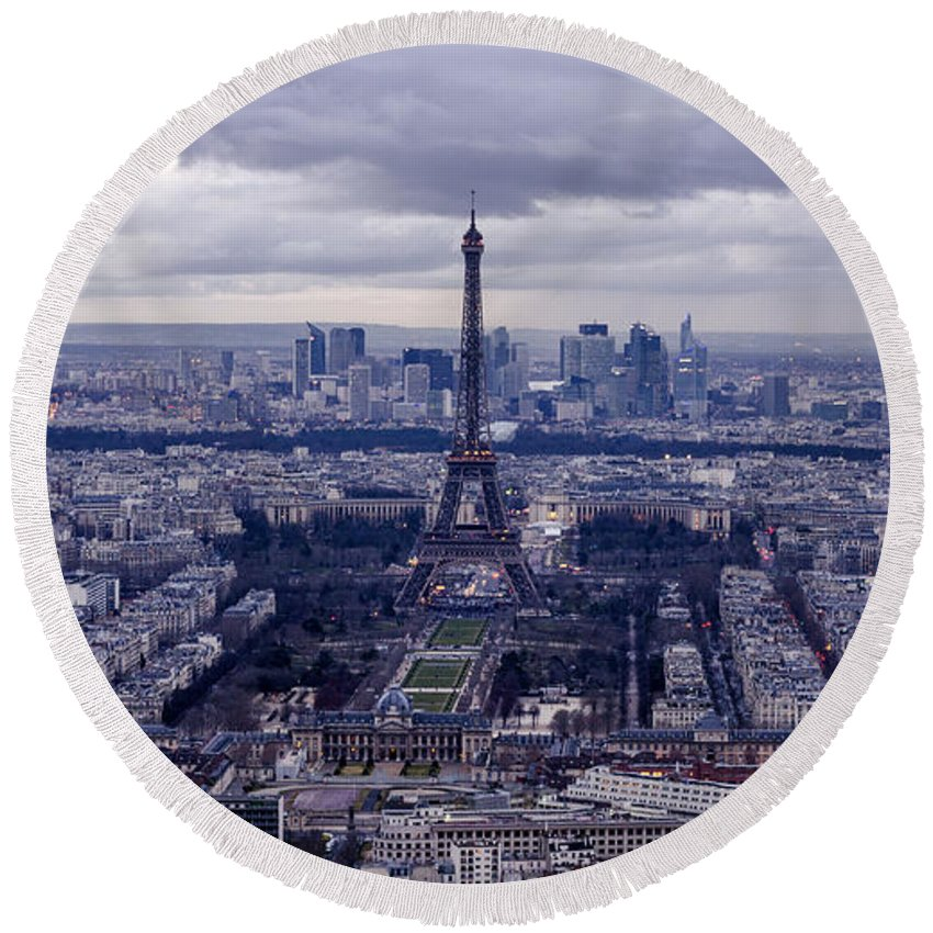 Paris Round Beach Towel featuring the photograph See Paris As Birds Do by Pablo Lopez