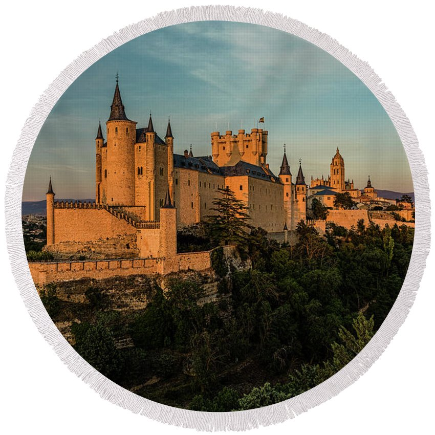 Golden Hour Round Beach Towel featuring the photograph Segovia Alcazar And Cathedral Golden Hour by Josh Bryant