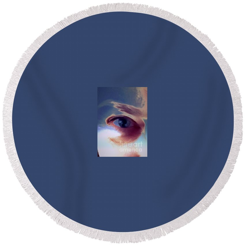 Eye Round Beach Towel featuring the photograph Where Should I Be by Jenny Revitz Soper