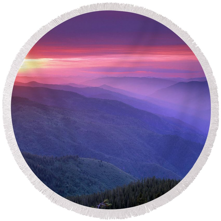 Selway Wilderness Round Beach Towel featuring the photograph Selway Sunrise by Leland D Howard