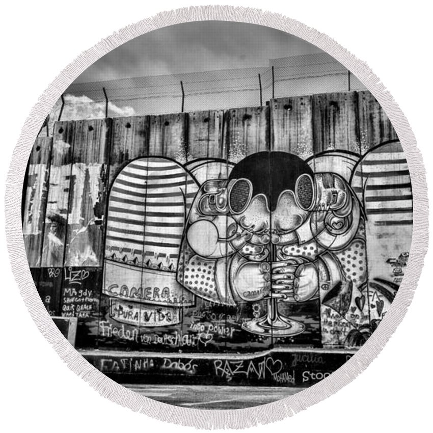 Graffiti Round Beach Towel featuring the photograph Separation by Stephen Stookey