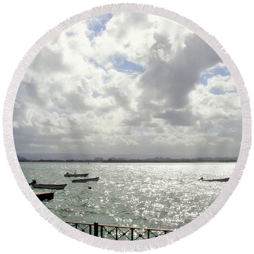 Seaside Round Beach Towel featuring the photograph Serene by Deborah Crew-Johnson
