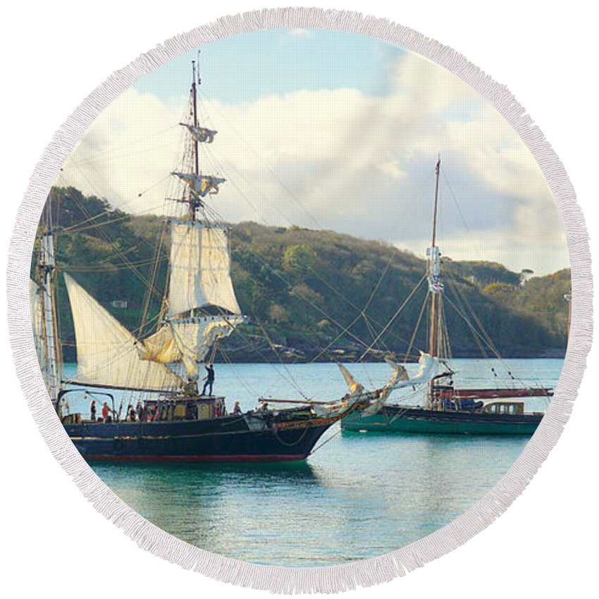 Brixham Round Beach Towel featuring the photograph Setting Sail by Peter Hunt