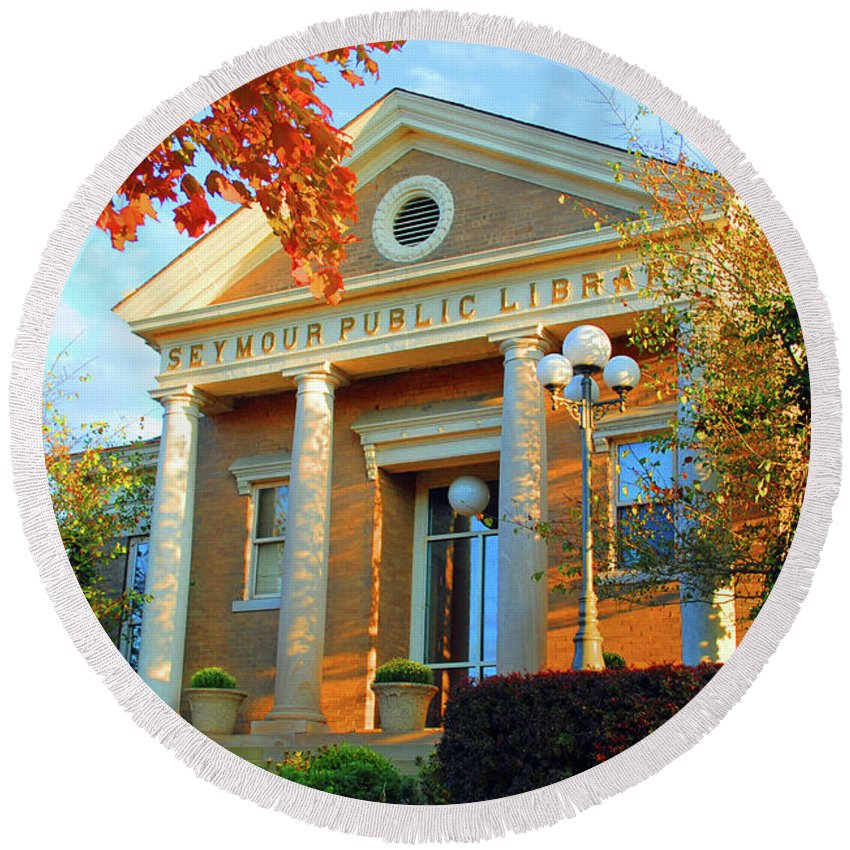 Seymour Round Beach Towel featuring the photograph Seymour Public Library by Jost Houk