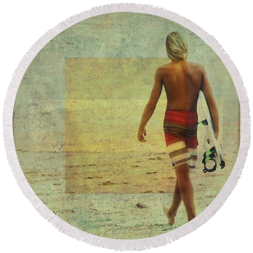 Beach Round Beach Towel featuring the photograph Shades Of Summer by Alice Gipson