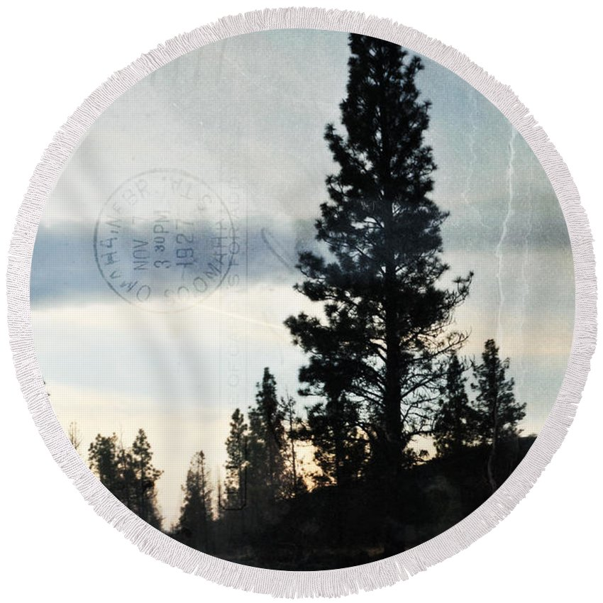 California Round Beach Towel featuring the photograph Shasta Trinity National Forest Sunrise Portrait by Kyle Hanson