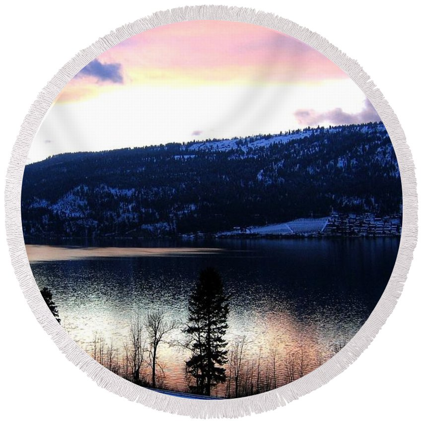 Wood Lake Round Beach Towel featuring the photograph Shimmering Waters by Will Borden