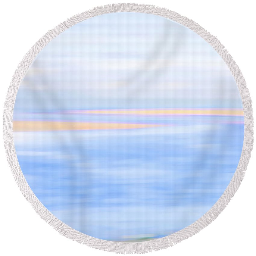 Sea Round Beach Towel featuring the photograph Shoreline by Theresa Tahara