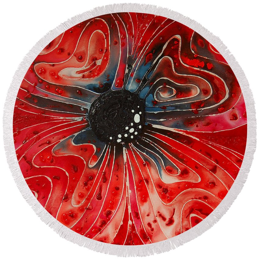 Poppy Art Round Beach Towel featuring the painting Show Stopper by Sharon Cummings