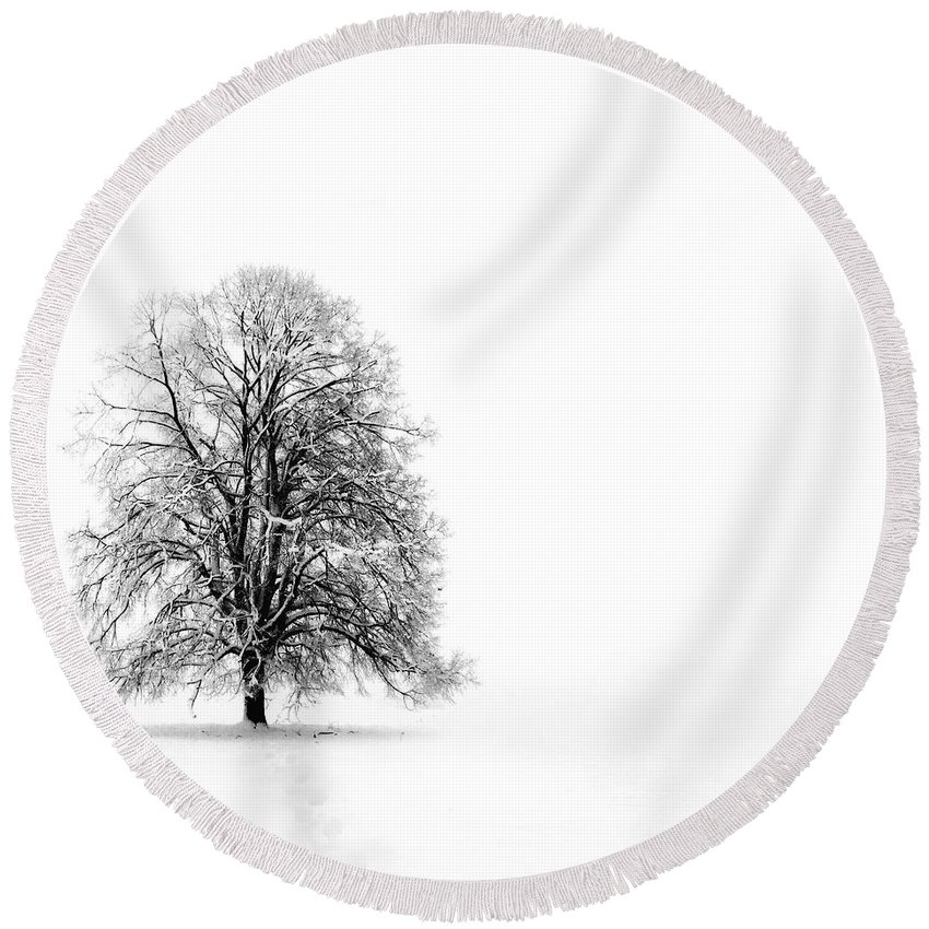 Landscape Round Beach Towel featuring the photograph Silenzio by Jacky Gerritsen